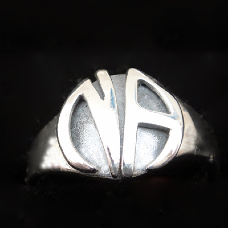 EMBOSSED NA RING