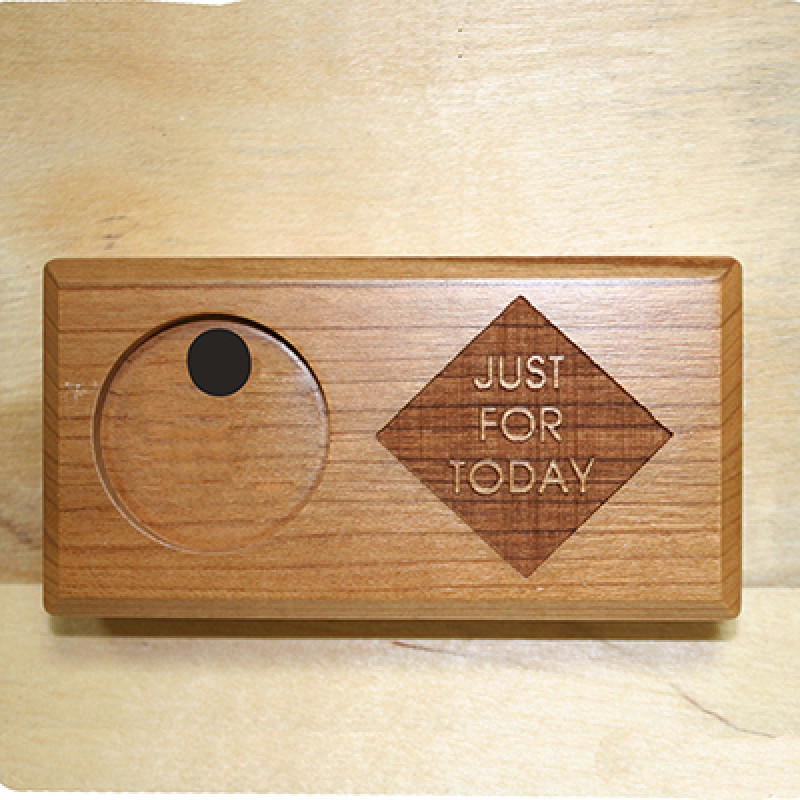 MEDALLION HOLDER BAR 2X4